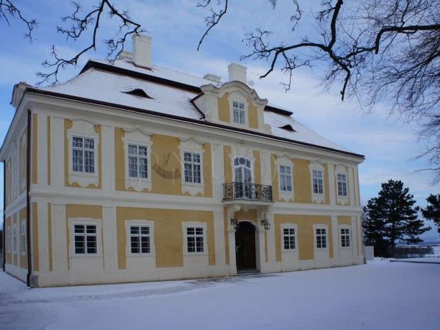 horni-zamek-panenske-brezany 3