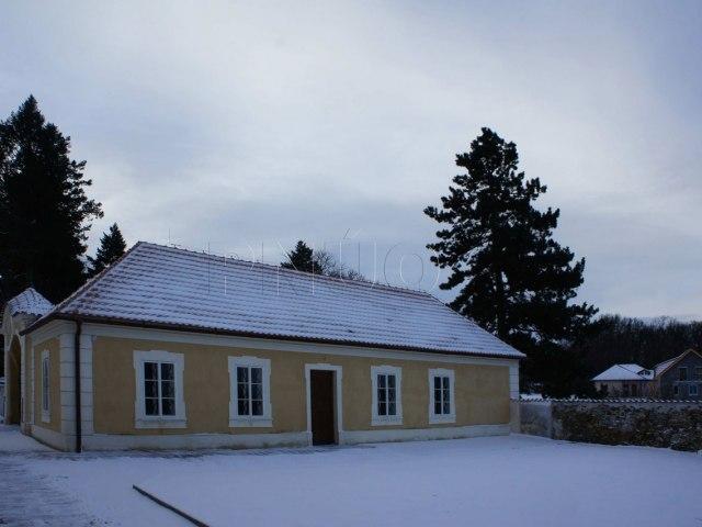 horni-zamek-panenske-brezany 4