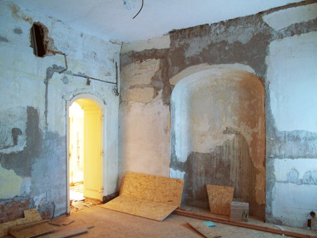 Rekonstrukce Horního zámku v Panenských Břežanech 3
