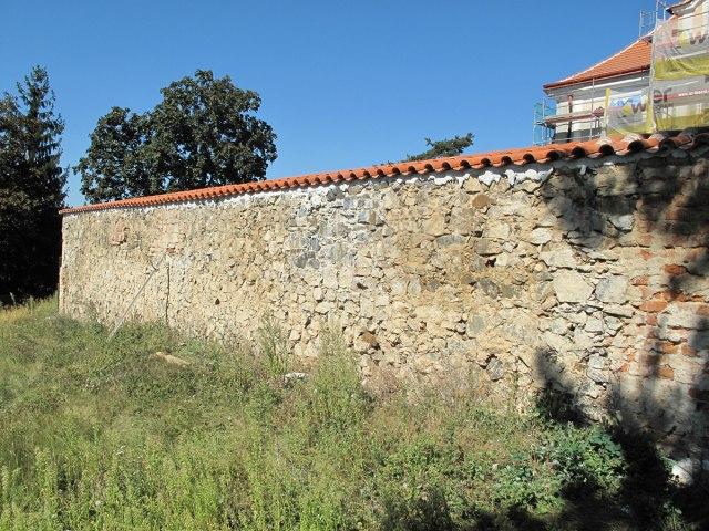 Rekonstrukce Horního zámku v Panenských Břežanech 7