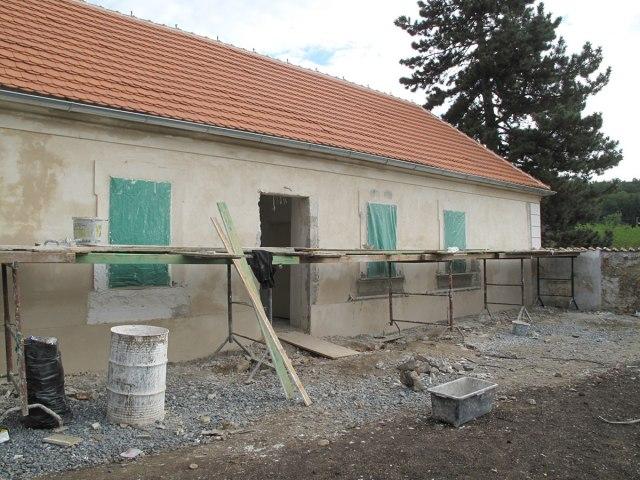 Rekonstrukce Horního zámku v Panenských Břežanech 18