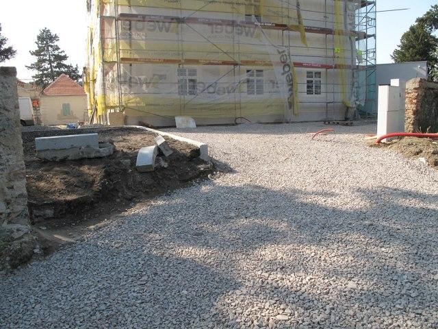 Rekonstrukce Horního zámku v Panenských Břežanech 19